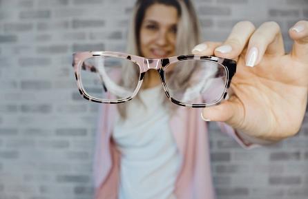 A myopia laser surgery by the Relex Smile 3D technique